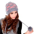 Модные женские вязаные шапки 2021 года
